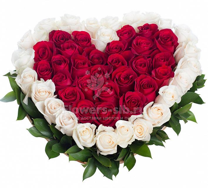 Букет из роз внутри сердце